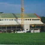 Dach eindecken und Fenstermontage